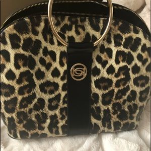 "Bebe purse ""Firm Price"""